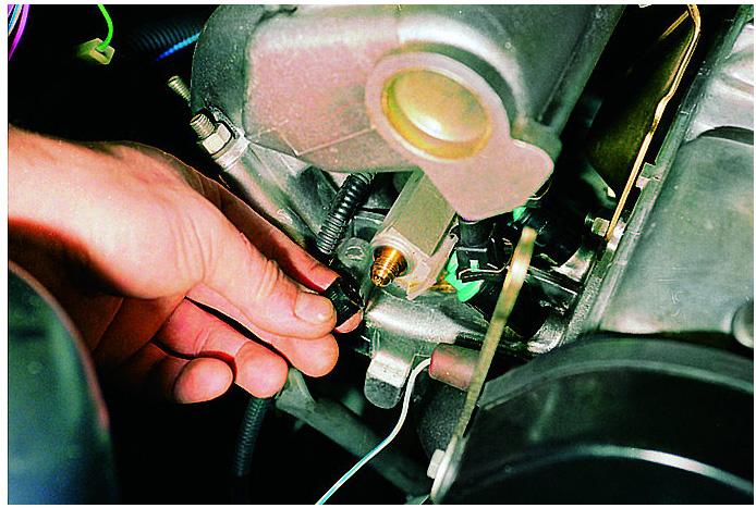 Фото №16 - нет давления в топливной рампе ВАЗ 2110