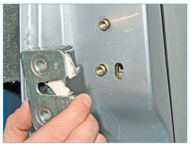 Как ремонтировать замок двери автомобиля