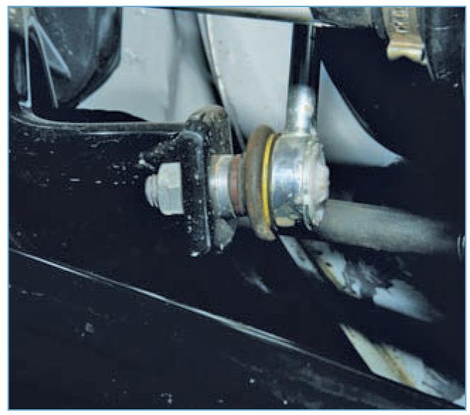 Замена стоек стабилизатора форд фокус 2 своими руками