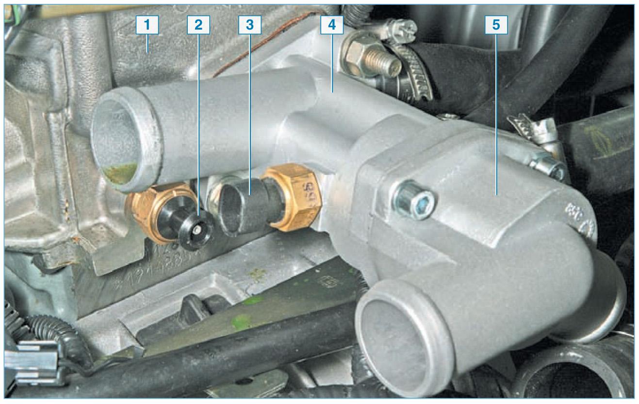 Фото №8 - датчик температуры охлаждающей жидкости ВАЗ 2110