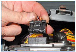 Электрооборудование Logan 2005 188-9.jpg