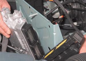 ЭБУ двигатель Logan 2005 82-6.jpg
