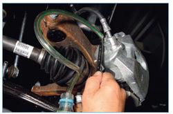 как прокачать тормоза на ford focus 1