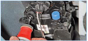 Электрооборудование Logan 2005 178-3.jpg