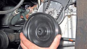 Проверка и замена ремня ГРМ Logan 2005 55-3.jpg