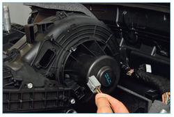 Замена вентилятора печки на форд фокус 2