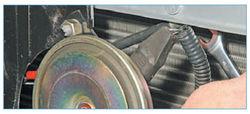 Как поменять ручку открывания капота на приоре - Авто журнал Инкам Авто