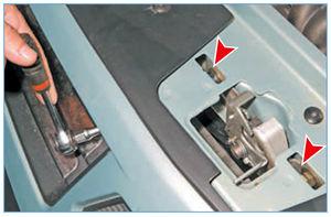 Замена щеток стеклоочистителя на Renault Logan 1 поколение