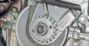Передний сальник коленвала Ремонт Logan 2005 70-3.jpg
