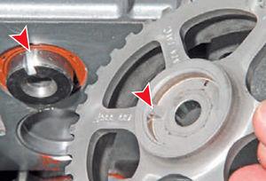 Сальник распредвала двигатель Ремонт Logan 2005 69-5.jpg