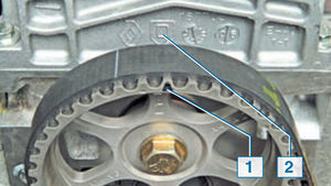 Проверка и замена ремня ГРМ Logan 2005 55-4.jpg