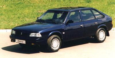 В 1997 году была проведена работа по модернизации базовой модели 2141, в ходе которой автомобиль получил переднюю...